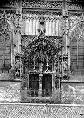 Eglise Saint-Saulve - Portail latéral