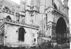 Collégiale, puis cathédrale Notre-Dame, actuellement église paroissiale Notre-Dame - Porche sud