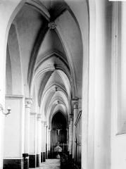 Collégiale, puis cathédrale Notre-Dame, actuellement église paroissiale Notre-Dame - Bas-côté
