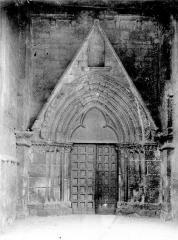 Eglise Sainte-Croix - Portail