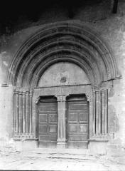 Eglise Saint-Victor - Portail