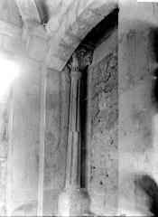Prieuré - Galerie: colonne