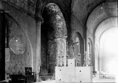 Cathédrale  dite église Notre-Dame-du-Bourg - Nef vue du choeur