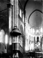 Eglise Saint-Menoux - Choeur: ensemble