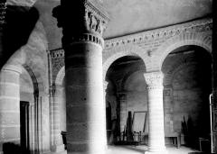 Eglise Saint-Menoux - Intérieur