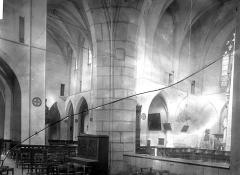 Eglise Saint-Pierre - Transept et choeur