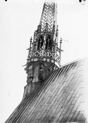 Cathédrale Notre-Dame - Base du clocher à l'Ange