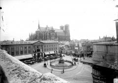 Cathédrale Notre-Dame - Ensemble nord et place Royale