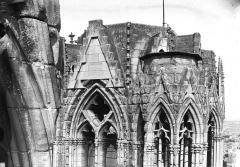 Cathédrale Notre-Dame - Partie supérieure de la tour nord, en largeur