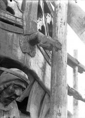 Cathédrale Notre-Dame - Clocher à l'ange, gargouille