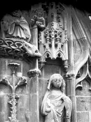 Cathédrale Notre-Dame - Pignon du bras nord du transept, la Vierge, après restauration