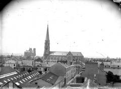 Cathédrale Notre-Dame - Cathédrale et église Saint-André, pris de la Providence