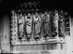 Cathédrale Notre-Dame - Portail ouest, porte de droite, ébrasement droit