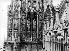Cathédrale Notre-Dame - Galerie des Rois, tour sud