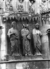 Cathédrale Notre-Dame - Portail nord, portail de saint Sixte, ébrasement gauche