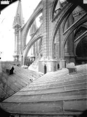 Cathédrale Notre-Dame - Arcs-boutants de l'abside