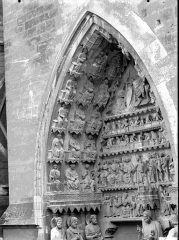 Cathédrale Notre-Dame - Portail nord, portail de la Résurrection