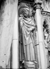 Cathédrale Notre-Dame - Statue de saint Jacques