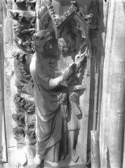 Cathédrale Notre-Dame - Portail ouest, rose, détail de la voussure