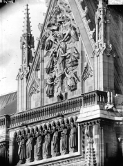 Cathédrale Notre-Dame - Pignon du bras sud du transept et Galerie des Prophètes