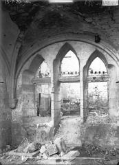 Couvent des Jacobins (vestiges de l'ancien) - Fenêtre tuffée
