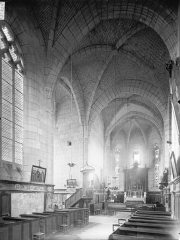 Eglise Sainte-Marie ou Notre-Dame - Nef, vue de l'entrée