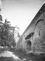 Eglise Saint-Etienne£ - Portail nord et clocher