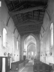 Eglise Saint-Trojan - Nef, vue de l'entrée