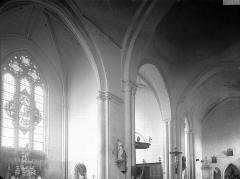 Ancienne abbaye Notre-Dame - Eglise, transept, vue diagonale prise du nord