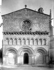 Eglise Saint-Fortunat - Façade ouest