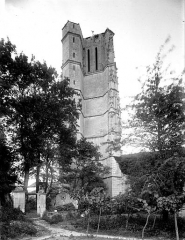 Eglise Saint-Jean-Baptiste - Clocher, côté sud