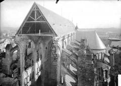 Cathédrale Saint-Gervais et Saint-Protais - Nef, partie haute, toiture