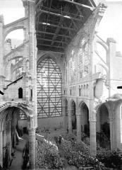 Cathédrale Saint-Gervais et Saint-Protais - Nef