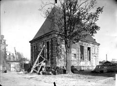 Pavillon de l'Arquebuse - Vue d'angle, sur les remparts, côté opposé