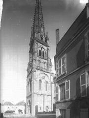 Eglise Saint-Laurent - Clocher, côté sud-ouest