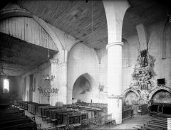 Eglise Saint-Martin - Nef et choeur, vue diagonale