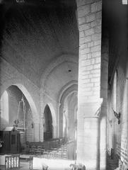 Eglise Sainte-Soline - Nef, vue du choeur