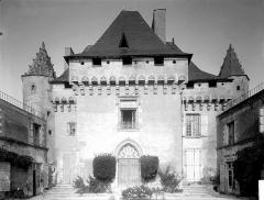 Château de Barbezieux - Façade sur la cour, au sud