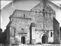 Eglise Sainte-Lheurine - Façade ouest