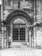 Eglise Sainte-Marie-aux-Dames - Baie de gauche