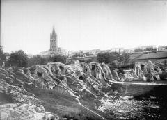 Restes de l'amphithéâtre gallo-romain -