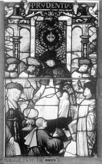 Ensemble archiépiscopal - Vitrail, Chapelle Saint-Joseph, Vie de saint Romain, lancette de gauche, quatrième panneau, en haut