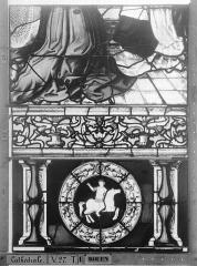 Ensemble archiépiscopal - Vitrail, Chapelle Saint-Joseph, Vie de saint Romain, lancette de gauche, cinquième panneau, en haut