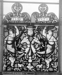 Ensemble archiépiscopal - Vitrail, Chapelle Saint-Joseph, Vie de saint Romain, lancette médiane, premier panneau, en haut
