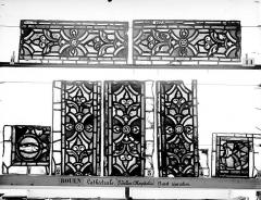 Ensemble archiépiscopal - Vitrail, déambulatoire au nord, saint Julien l'Hospitalier, bordures
