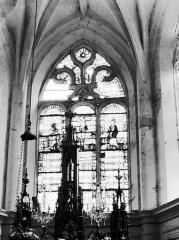 Eglise Saint-Phal d'Avirey - Vitrail