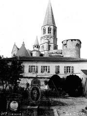 Eglise Saint-Pierre-ès-Liens - Ensemble