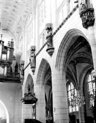 Eglise Saint-Jean - Travées de la nef