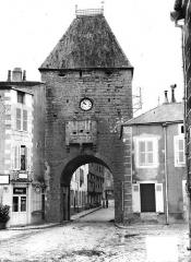 Porte de Ville -