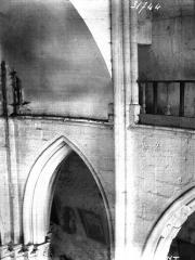 Eglise - Travée intérieure, partie haute